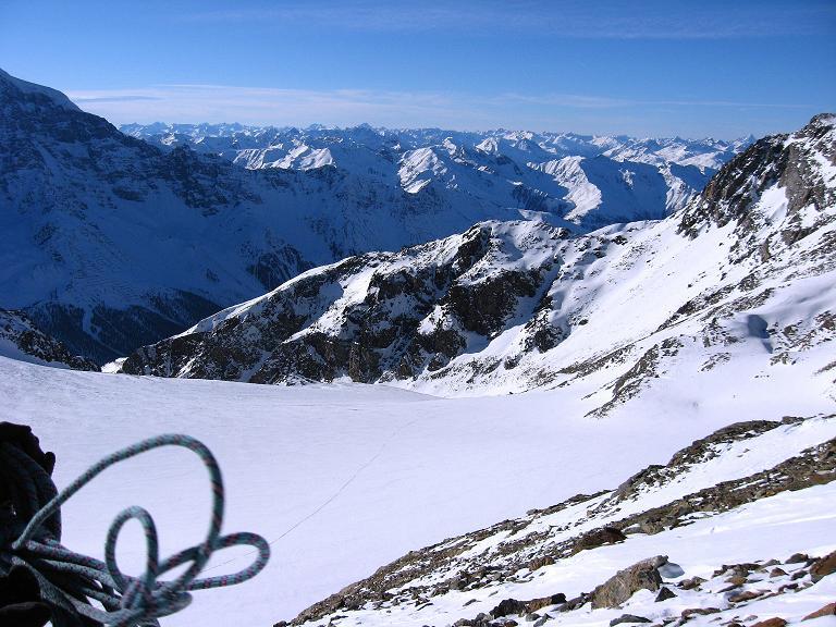 Foto: Andreas Koller / Ski Tour / Durch das Rosimtal auf die Schildspitze (3461m) / Blick über den Rosimferner mit Anstiegsspur / 22.02.2008 02:12:15