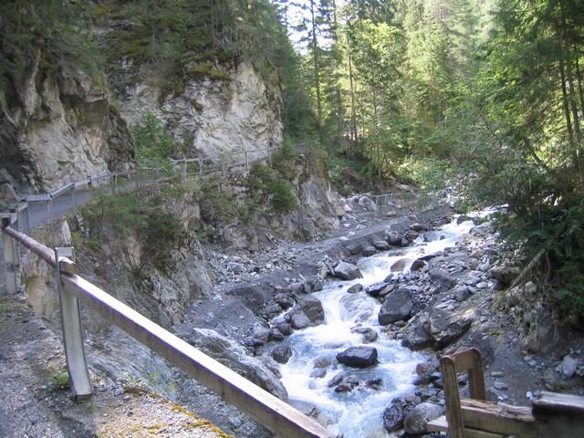 Foto: Jürgen Lindlbauer / Mountainbike Tour / Nauders-SurEn-Val d´Unia Schlucht-Sesvennahütte-Reschensee / 24.02.2008 19:56:04
