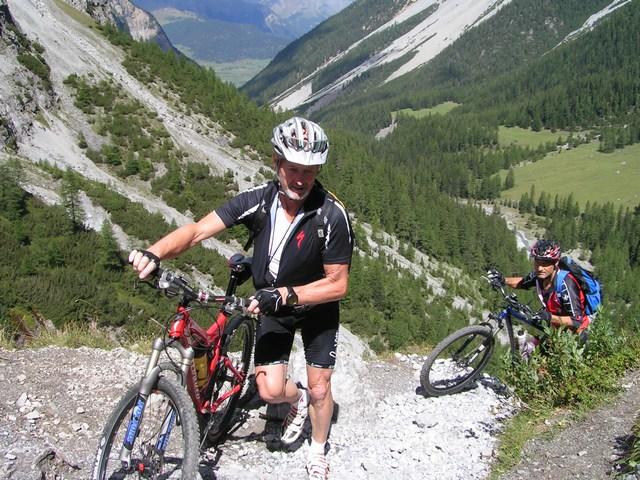 Foto: Jürgen Lindlbauer / Mountainbike Tour / Nauders-SurEn-Val d´Unia Schlucht-Sesvennahütte-Reschensee / Leo und Gerhard! / 24.02.2008 19:51:00