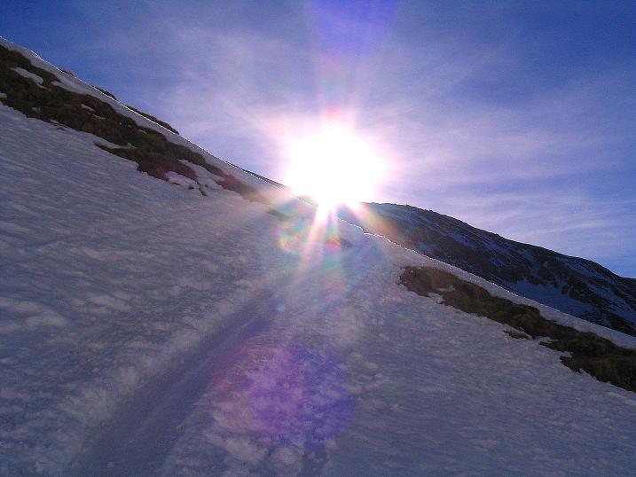 Foto: Andreas Koller / Ski Tour / Im Banne des Großglockners auf den Teufelskamp (3511m) / Spur in die Sonne / 26.02.2008 21:36:00