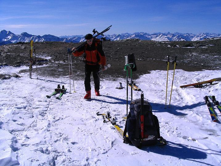 Foto: Andreas Koller / Ski Tour / Im Banne des Großglockners auf den Teufelskamp (3511m) / Rast auf der Schere  / 26.02.2008 21:31:51