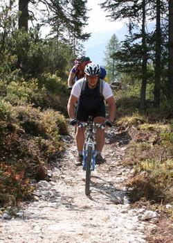Foto: gkothi / Mountainbike Tour / 3 Zinnen Umrundung / souliger trail im fischleintal / 28.02.2008 21:18:25