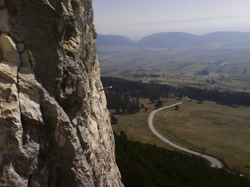 Foto: AbsolutAlpin.at / Klettersteig Tour / HTL - Steig / Blick in die