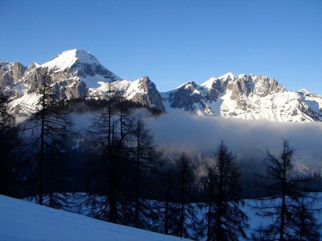 Foto: Manfred Karl / Ski Tour / Von St. Martin auf den Korein / Imposante Nachbarn: Fritzerkogel und Hochkarfelderkopf / 14.03.2008 07:43:10