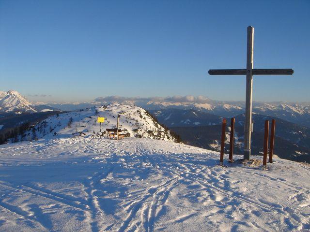 Foto: Manfred Karl / Ski Tour / Von St. Martin auf den Korein / Weit reicht der Blick zu den Schladminger Tauern / 14.03.2008 07:36:27