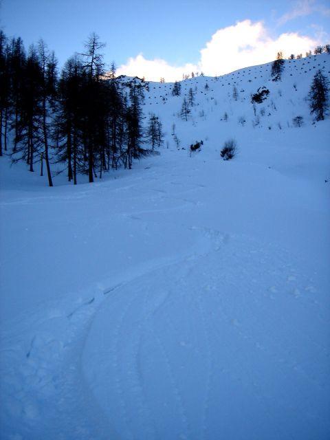 Foto: Manfred Karl / Ski Tour / Von St. Martin auf den Korein / Variante vom Hauptgipfel - nur bei sicheren Verhältnissen empfehlenswert / 14.03.2008 07:24:16