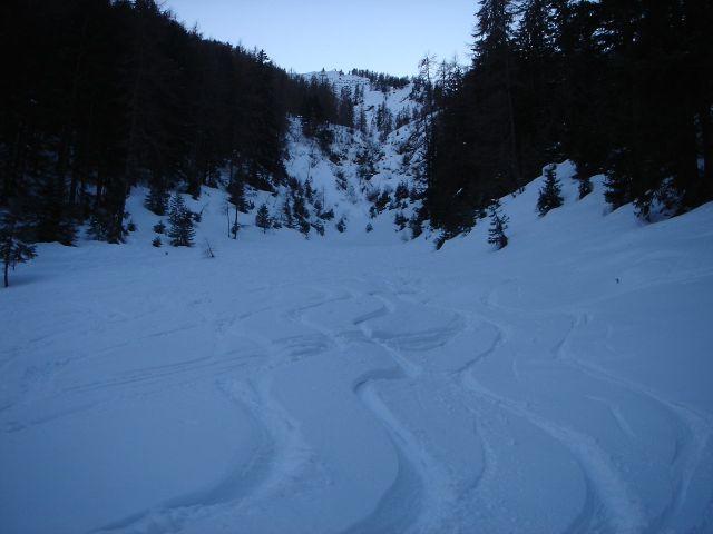 Foto: Manfred Karl / Ski Tour / Von St. Martin auf den Korein / Abfahrt im unteren Teil / 14.03.2008 07:23:15