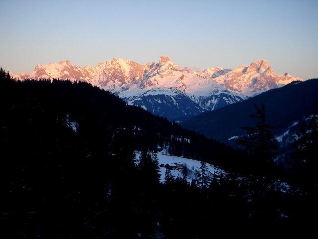 Foto: Manfred Karl / Ski Tour / Von St. Martin auf den Korein / Sonnenuntergang am Gosaukamm / 14.03.2008 07:22:13
