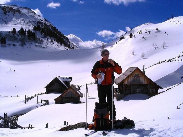 Foto: Andreas Koller / Ski Tour / Von der Turrach auf das Gregerlnock (2296m) / Rast bei der Pregathütte / 16.03.2008 16:37:10