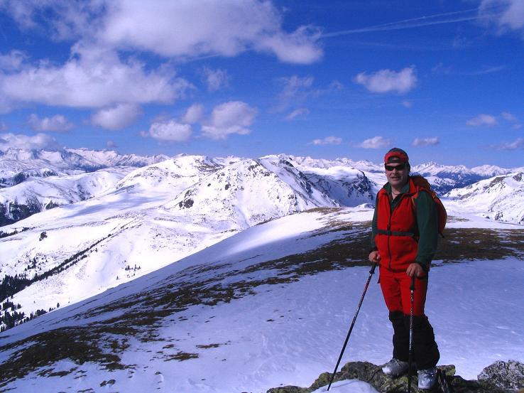 Foto: Andreas Koller / Ski Tour / Von der Turrach auf das Gregerlnock (2296m) / Am Gipfel gegen die Schladminger Tauern / 16.03.2008 16:33:31