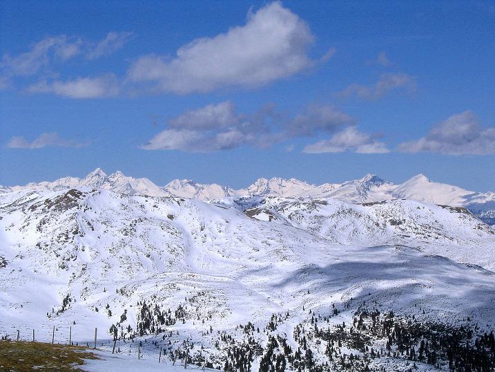 Foto: Andreas Koller / Ski Tour / Von der Turrach auf das Gregerlnock (2296m) / Im N die Schladminger Tauern / 16.03.2008 16:33:12