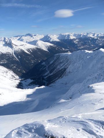 Foto: Wolfgang Lauschensky / Ski Tour / Großer Sadnig / Tiefblick in die Melenböden / 07.01.2011 18:27:27