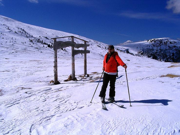 Foto: Andreas Koller / Ski Tour / Tour Goldhaube: Von der Weinebene auf die Koralpe (2140m) / Am Sattel bei der Grillitschhütte / 20.03.2008 03:19:01