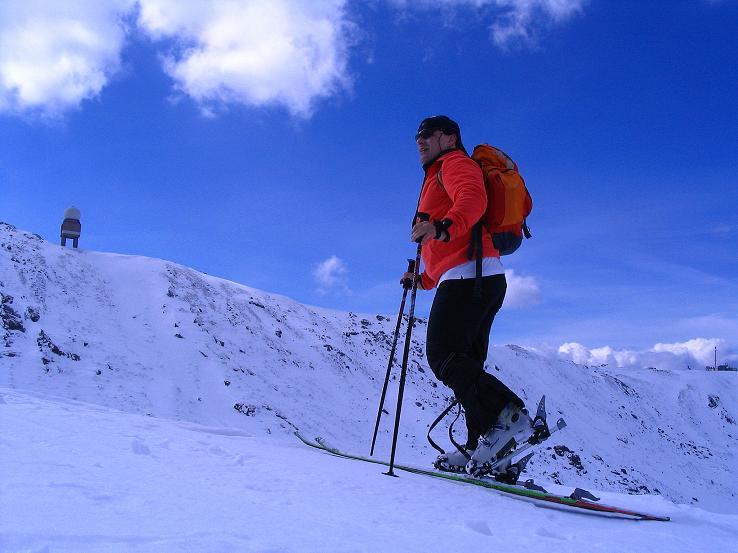 Foto: Andreas Koller / Ski Tour / Tour Goldhaube: Von der Weinebene auf die Koralpe (2140m) / Anstieg am Kamm / 20.03.2008 03:15:13