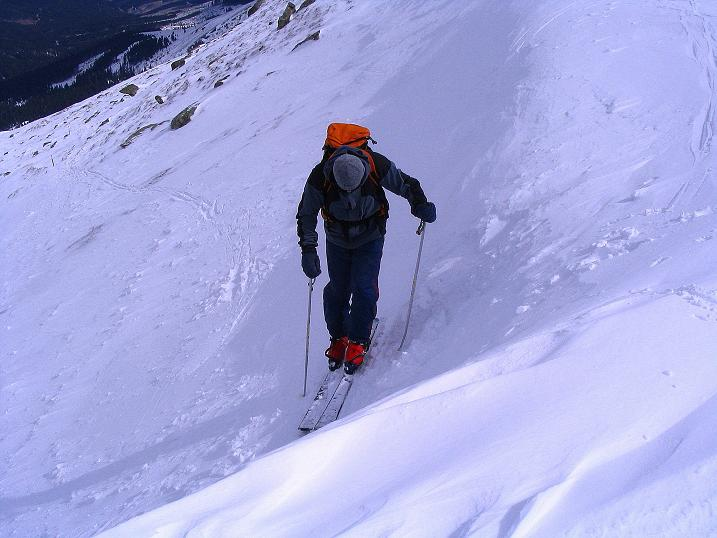 Foto: Andreas Koller / Ski Tour / Tour Goldhaube: Von der Weinebene auf die Koralpe (2140m) / Steil ist der Anstieg über die Wechte / 20.03.2008 03:13:30