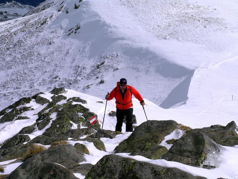 Foto: Andreas Koller / Ski Tour / Tour Goldhaube: Von der Weinebene auf die Koralpe (2140m) / Der kurze O-Grat zum Gipfel / 20.03.2008 03:12:12