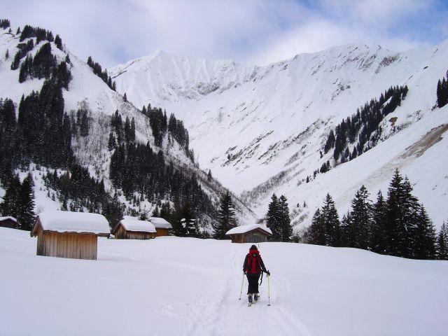 Foto: Manfred Karl / Ski Tour / Namloser Wetterspitze, 2553 m / Fallerscheinalpe / 28.03.2008 23:39:20