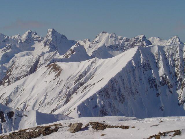 Foto: Manfred Karl / Ski Tour / Namloser Wetterspitze, 2553 m / Blick zu den Allgäuer Bergen / 28.03.2008 23:27:06