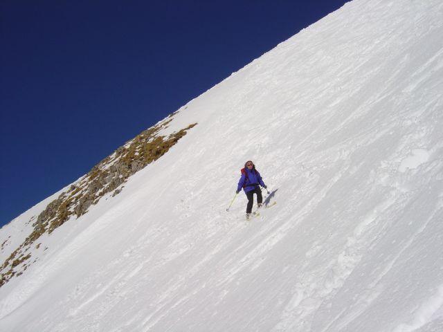Foto: Manfred Karl / Ski Tour / Namloser Wetterspitze, 2553 m / Sonnseitig ist der Schnee schon etwas angegriffen / 28.03.2008 23:26:07