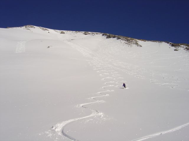 Foto: Manfred Karl / Ski Tour / Namloser Wetterspitze, 2553 m / Der lange Gipfelhang / 28.03.2008 23:25:37