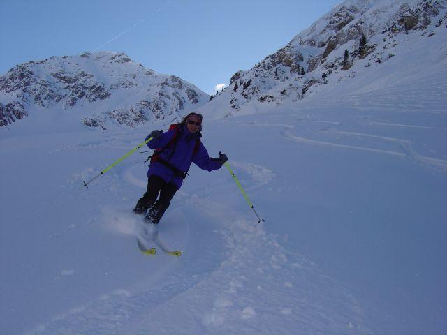 Foto: Manfred Karl / Ski Tour / Namloser Wetterspitze, 2553 m / So könnte es endlos dahingehen! / 28.03.2008 23:24:37