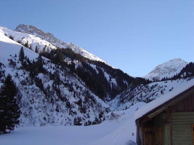 Foto: Manfred Karl / Ski Tour / Namloser Wetterspitze, 2553 m / Rückblick zur Wetterspitze / 28.03.2008 23:21:26