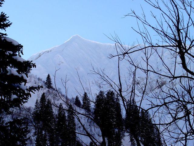 Foto: Manfred Karl / Ski Tour / Namloser Wetterspitze, 2553 m / Beeindruckender Wechtensaum am Kreuzspitzenkamm / 28.03.2008 23:20:59