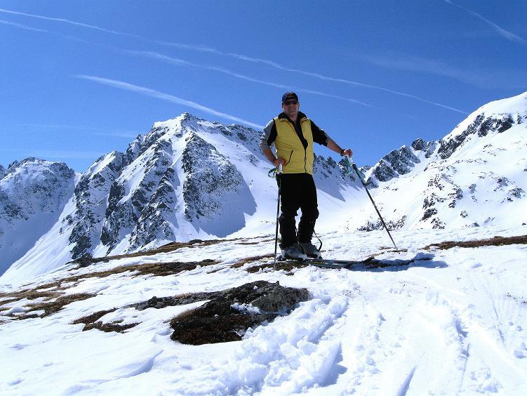 Foto: Andreas Koller / Ski Tour / Über die Zwieflerseen auf den Zinken (2191m) / Anstieg mit Arkogel im Hintergrund (2441 m) / 31.03.2008 18:45:17