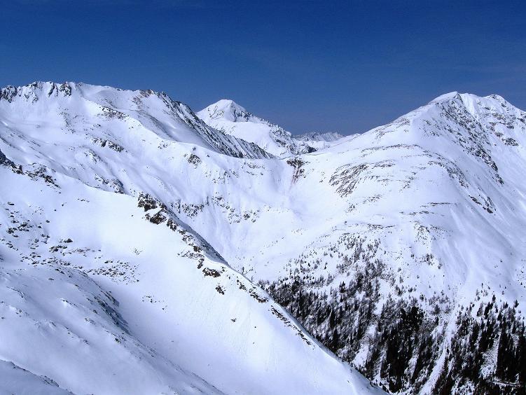 Foto: Andreas Koller / Ski Tour / Über die Zwieflerseen auf den Zinken (2191m) / Blick vom Gipfel nach NW auf den Großen Knallstein (2599 m) / 31.03.2008 18:41:40