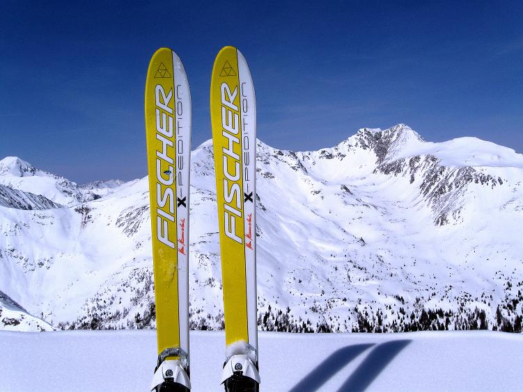 Foto: Andreas Koller / Ski Tour / Über die Zwieflerseen auf den Zinken (2191m) / Blick vom Zinken nach N auf das Deneck (2433 m) / 31.03.2008 18:39:31