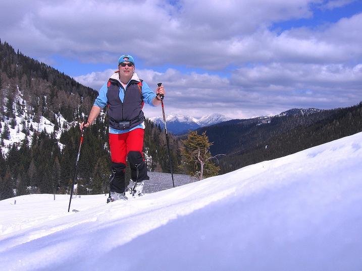 Foto: Andreas Koller / Ski Tour / Vom Bundschuh auf die Schwarzwand (2214 m) / Anstieg nach der Pfarralm / 06.04.2008 23:52:54