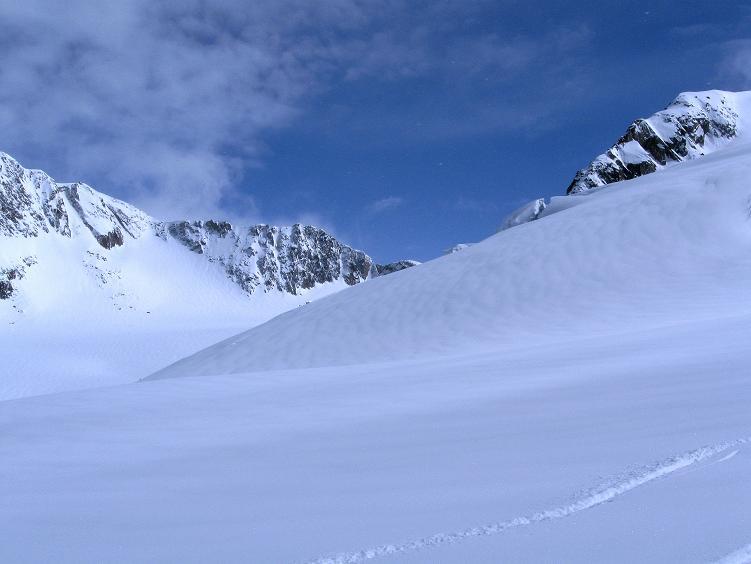Foto: Andreas Koller / Ski Tour / Hintere Schwärze (3628m) - Topziel der Martin Busch Hütte / Blick nach O zum Hinteren Schwärzen Joch / 15.04.2008 19:17:51