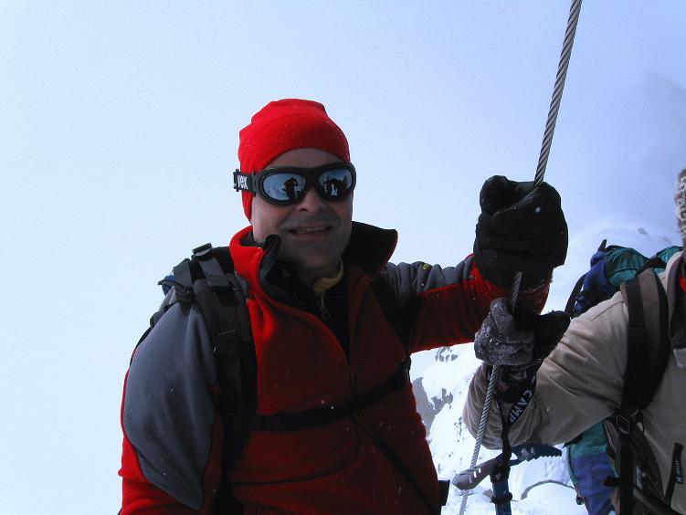 Foto: Andreas Koller / Ski Tour / Hintere Schwärze (3628m) - Topziel der Martin Busch Hütte / Glücklicher Gipfelsieg / 15.04.2008 19:12:17