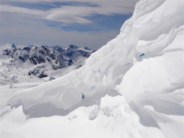 Foto: Manfred Karl / Ski Tour / Kahlersberg (2350m) / Gipfelwechte am Schneibstein / 18.04.2008 23:51:05