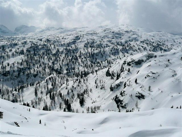 Foto: Manfred Karl / Ski Tour / Kahlersberg (2350m) / Blick ins Hagengebirge / 18.04.2008 23:50:46
