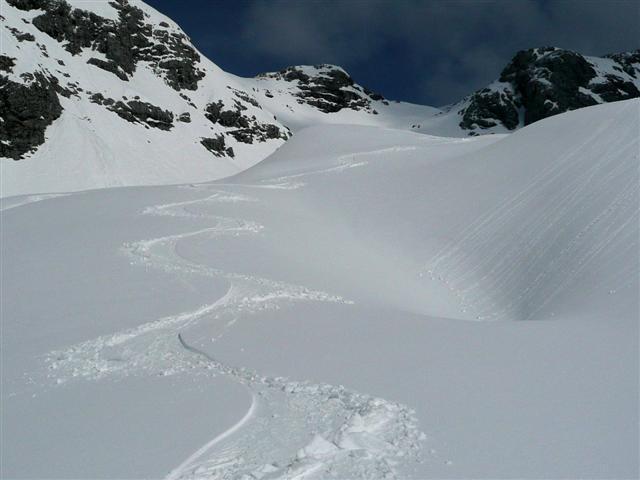 Foto: Manfred Karl / Ski Tour / Kahlersberg (2350m) / Schneibstein - Südabfahrt / 18.04.2008 23:49:57