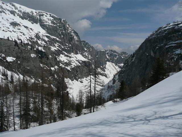 Foto: Manfred Karl / Ski Tour / Kahlersberg (2350m) / Blick in die Schlum / 18.04.2008 23:48:17