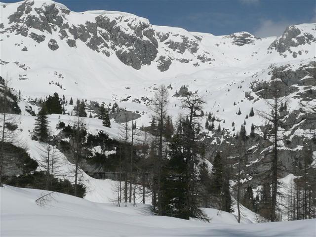 Foto: Manfred Karl / Ski Tour / Kahlersberg (2350m) / Südabfahrt vom Schneibstein / 18.04.2008 23:47:51