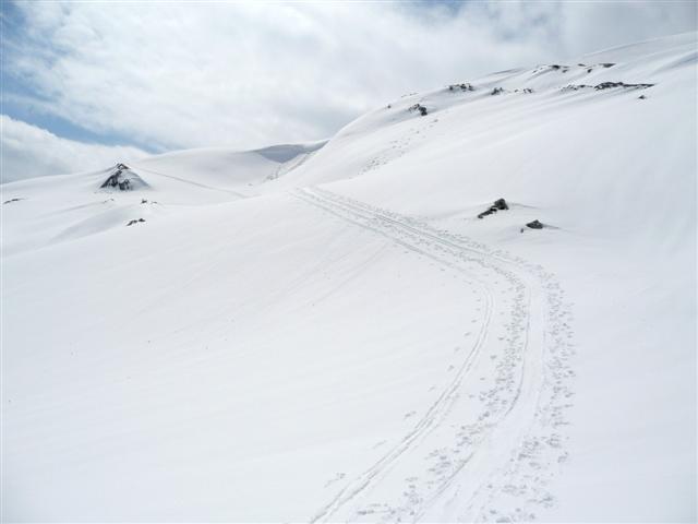 Foto: Manfred Karl / Ski Tour / Kahlersberg (2350m) / Noch scheint die Sonne. Kurz vor Erreichen des Gipfelgrates. / 18.04.2008 23:44:22