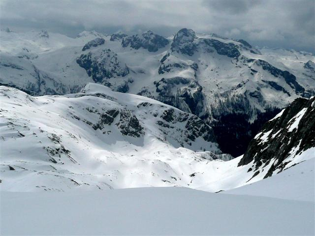 Foto: Manfred Karl / Ski Tour / Kahlersberg (2350m) / Blick zum Funtenseetauern und ins Steinerne Meer / 18.04.2008 23:43:15