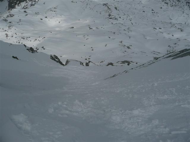 Foto: Manfred Karl / Ski Tour / Kahlersberg (2350m) / Da geht´s runter - unten dann links / 18.04.2008 23:38:24