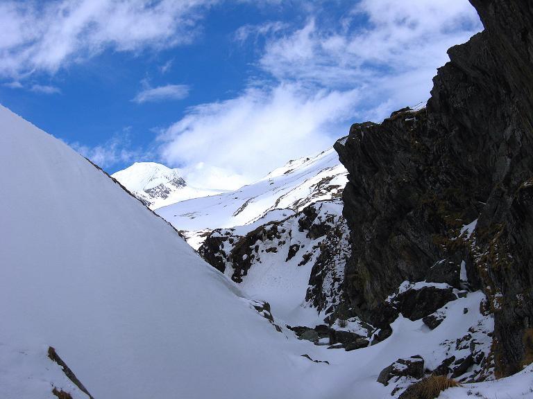 Foto: Andreas Koller / Ski Tour / Haute Route am Venediger (3674 m) / Erster Blick auf den Großvenediger aus dem Dorfertal / 21.04.2008 15:22:35