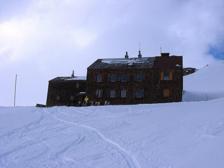 Foto: Andreas Koller / Ski Tour / Haute Route am Venediger (3674 m) / Ankunft beim Defregger Haus / 21.04.2008 15:19:09