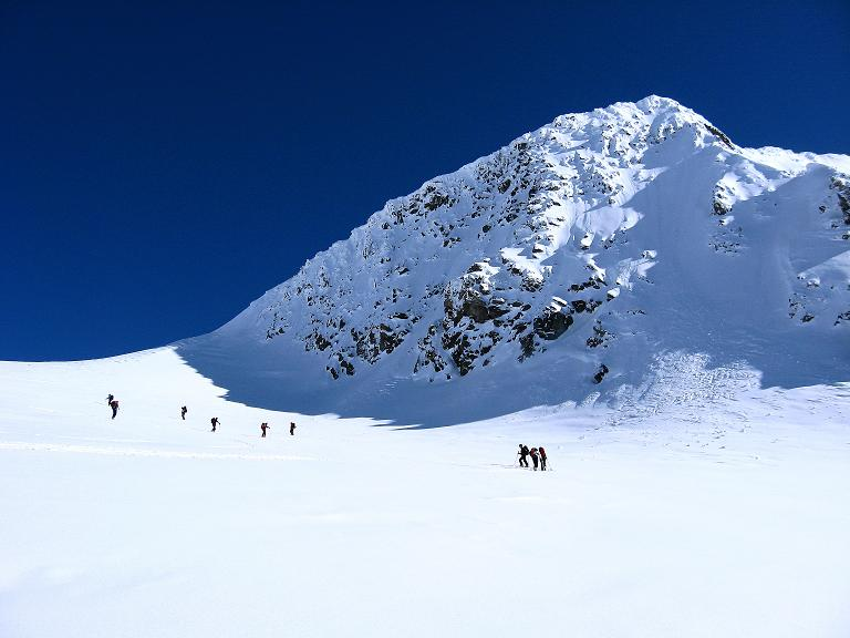 Foto: Andreas Koller / Ski Tour / Haute Route am Venediger (3674 m) / Unterhalb der W-Wand des Rainerhorn in das Rainertörl / 21.04.2008 15:13:42