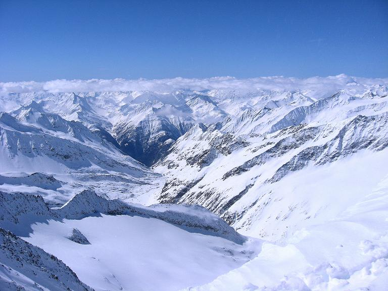 Foto: Andreas Koller / Ski Tour / Haute Route am Venediger (3674 m) / Blick ins Dorfertal nach S / 21.04.2008 15:09:15