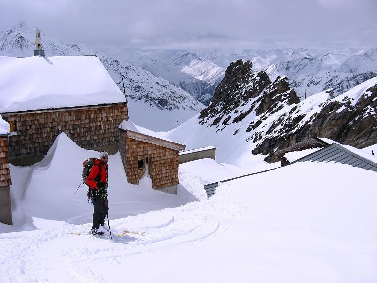 Foto: Andreas Koller / Ski Tour / Haute Route am Venediger (3674 m) / Rückkehr zum Defregger Haus / 21.04.2008 15:07:24