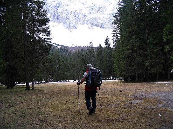 Foto: Andreas Koller / Wander Tour / Durch die Nordwandrinne auf den Geißberg / Kosiak (2024m) / Annäherung an die Märchenwiese / 06.05.2008 01:03:21
