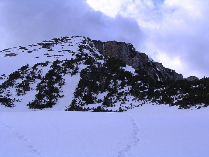 Foto: Andreas Koller / Wander Tour / Durch die Nordwandrinne auf den Geißberg / Kosiak (2024m) / Der Geißberg kurz unterhalb des letzten Gifpelaufschwungs / 06.05.2008 00:56:50