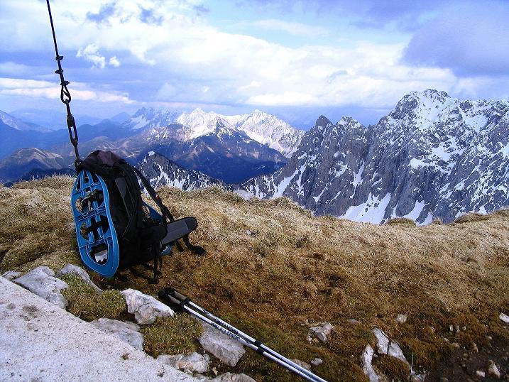 Foto: Andreas Koller / Wander Tour / Durch die Nordwandrinne auf den Geißberg / Kosiak (2024m) / Blick vom Gipfel nach O / 06.05.2008 00:45:33