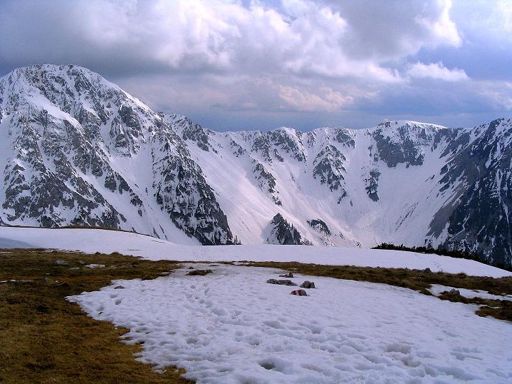 Foto: Andreas Koller / Wander Tour / Durch die Nordwandrinne auf den Geißberg / Kosiak (2024m) / Blick vom Geißberg  - Gipfel ins Weinaschkar und zum Hochstuhl (2237 m) / 06.05.2008 00:45:03